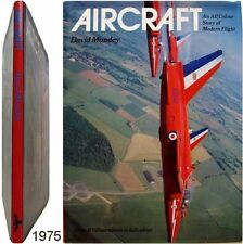 Aircraft story of modern flight 1975 David Mondey aviation aéronautique planes