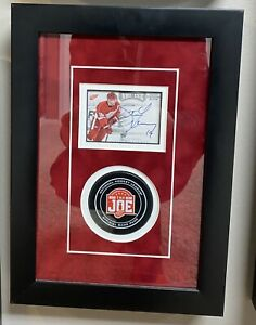 Steve Yzerman Autographed Framed Piece w/ Game Puck *PANINI AUTHENTIC*