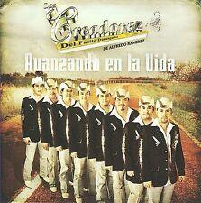 Los Creadorez del Pasito Duranguense : Avanzando En La Vida CD