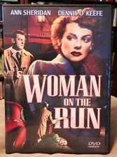 Ann Sheridan, Dennis O'Keefe in WOMAN ON THE RUN (1950) Film-Noir crime drama