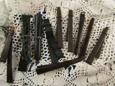 ancien lot de bracelets montre en cuir homme et femme + 1 metal etat neuf
