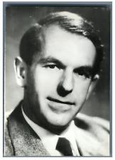 Great Britain, Prof. Sanger, winer of the Nobel Prize in Chemistry  Vintage silv