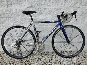 *Made in USA* TREK 2300 Road Bike 52cm Frame 18 Speed - Low Miles - NICE!!!