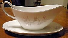WINTERLING BAVARIA GERMANY FINE CHINA GRAVY BOAT WITH ATTACHED PLATE