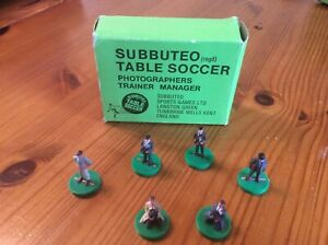 Subbuteo full set of trainer/manager/photographer figures with origional box.