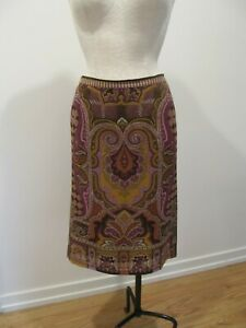 ETRO Wool Knee Length Skirt, Size 40 or US Small.  Made in Italy.