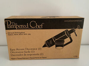 Pampered Chef Easy Accent Decorator #1775 Cake Decorating Tool - New In Box!