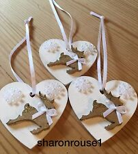 3 X Christmas Decorations Reindeer Shabby Chic Rustic Real Wood Heart White Bows