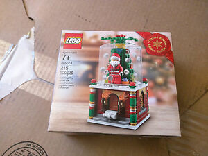 NEW New Lego Limited Holiday Edition Snowglobe (40223) in hand