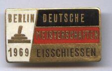 Orig.Pin   Deutsche Meisterschaft im Eisschiessen BERLIN 1969  !!  SEHR SELTEN