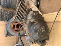 YAMAHA XT600 XT 600 MOTOR ENGINE CYLINDER BOTTOM TRANNY INTERNALS