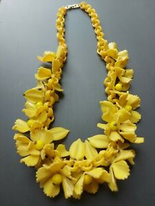 RETRO Vintage plastic necklace yellow light chunky