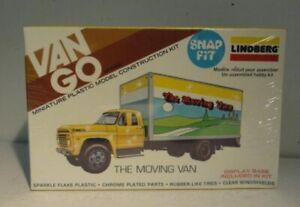 Lindberg 1082 HO Van Go The Moving Van Kit