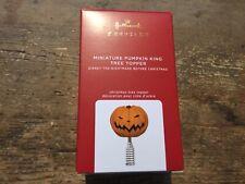 2020 Hallmark Miniature Pumpkin King Tree Topper - New Mini Topper