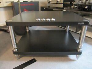 Solidsteel HY Series Rack mit 2 Ebenen in schwarz aus der Ausstellung