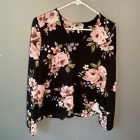 Monteau Women's Size Small V-Neck Blouse Black Pink Floral Open Arms Open Back