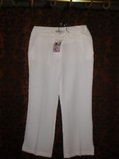 Sz S (36) Tita, woman's NWOT short white, light poly capris pants (almost sheer)