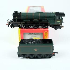 Hornby BR Flying Scotsman 4-6-2 Steam Locomotive & Tender OO Gauge R2054