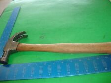 CHENEY USA Little Falls, N. Nail Holding Curved Claw Hammer w/wooden handle
