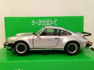 Porsche 911 Turbo 3.0 Silver 1974 Welly 1:24 Scale 24043S NEW
