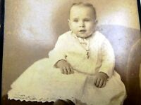 """Picture of Baby Girl VINTAGE ANTIQUE Photograph 4X6"""" 1880's Walter's Studio IL"""