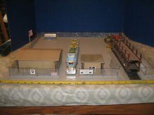 Railroad Auto loading unloading facility 2X2 '  S Scale  1/64