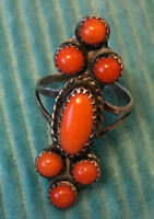 Best! Early Navajo Coral Ring w 6 Round Stones & 1 Oval Coral Sterling Size 6.5