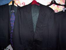 men's 42R fabulous Gianfranco Ferre formal suit from Italy w/ vest & cummerbund