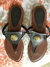 LADIES  LOQUENDI LEATHER GOLD  MEDALLION BOHO  CHIC THONG SANDALS NEW SIZE 7