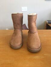 New UGG Australia Womens 1016223 Classic Short II Chestnut Shoes Size 7