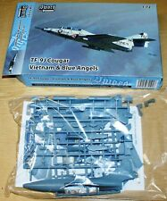 Tf-9j Cougar Vietnam & BLUE ANGELS (2x Camo) en 1/72 de Sword