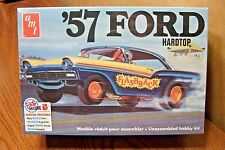 AMT '57 FORD HARDTOP 1/25 SCALE MODEL KIT