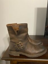 Frye Boots size 8 brown weathered look