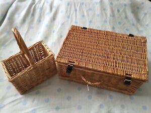 wicker Large picnic hamper basket With Wicker Drinks Holder New