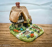 Lilliput Lane Cabbage Patch Corner L2831 2005 and Deeds House Ornaments