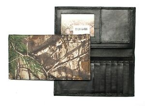 Realtree Camo Roper Wallet / Long Wallet - Nylon and Leather