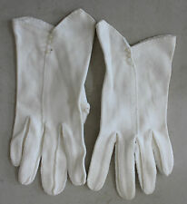 Vintage White Buttoned Gloves L#91