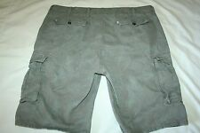 Mens Levis cargo shorts 6 pocket tag size 40