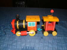VINTAGE TOY 1940S?  FISHER PRICE WOOD TRAIN & CABOOSE