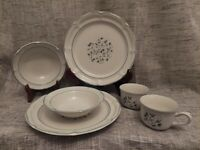 6PC The Covington Edition Stoneware Avondale Pattern Dinner Plates, Bowls, Cups