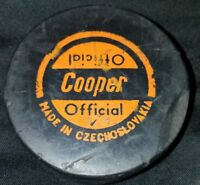 COOPER VINTAGE OFFICIAL MADE IN CZECHOSLOVAKIA HOCKEY PUCK