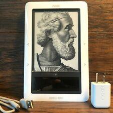 Barnes Noble Nook 1st Edition eReader 2GB Wifi Tablet White eBook Reader Books
