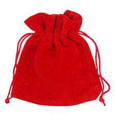 Bisutería textil de color principal rojo