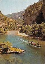 Bt8892 Les Gorges du tarn descente en barque dans les detroits France