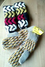 2 Vtg 80s Acrylic Knit Ladies Womens Winter Gloves Nos