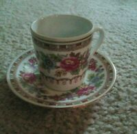 Vintage  Demitasse Set of 4 Tea Cups and  Saucers  Floral  Pattern Made in China