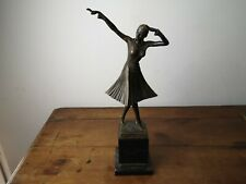 belle reproduction en bronze danseuse signée dh. chiparus hauteur 46,5 cm