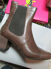 NEW ROCKPORT CHELSEA BROWN BOOTS WOMENS 11 GERTI  BROWN LEATHER ABOVE ANKLE