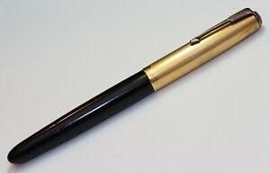 1947 vintage PARKER 51 fountain pen w/ Gold Cap - EXCELLENT CONDITION.