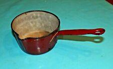 Ancienne casserole à Lait ustensile de cuisine émail rouge d'époque art deco